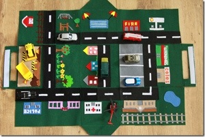 Felt Car Play Mat House